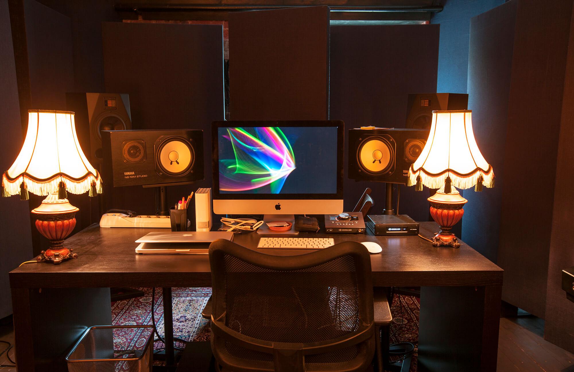 Чем отличается профессиональная студия звукозаписи от домашней?